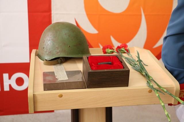 Торжественная церемония передачи смертного медальона