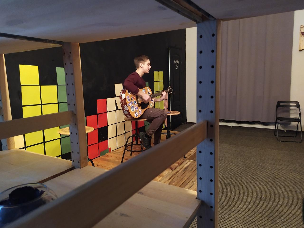 Гитара в «Зале»